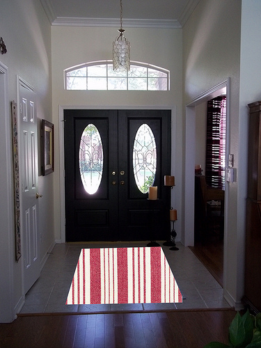 entry with red stripe