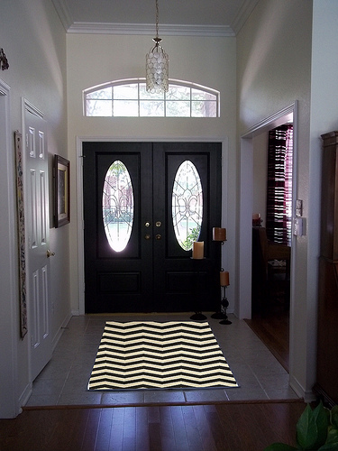 Entry With Black Zig Zag