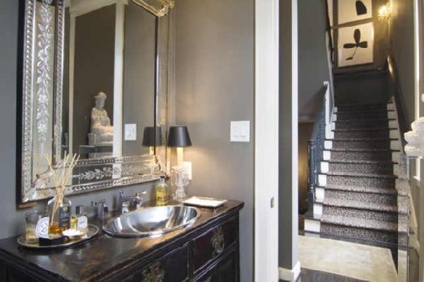 And While I Like The Above Mirrors Prefer A Cleaner Look If Were Mrs Trump Id Have Venetian Mirror Vanity