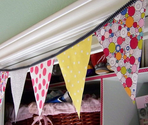 Diy No Sew Fabric Pennant Banner Hi Sugarplum