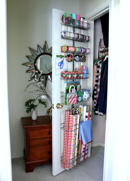 hi sugarplum gift wrap station