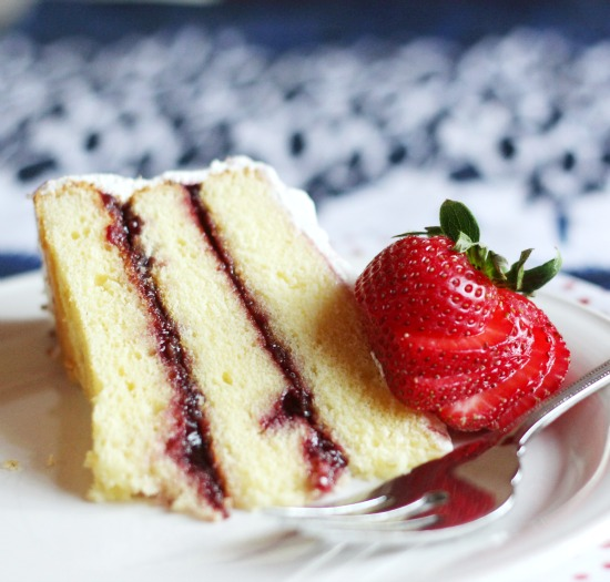 Hi Sugarplum | Butter Cake with Strawberry Filling