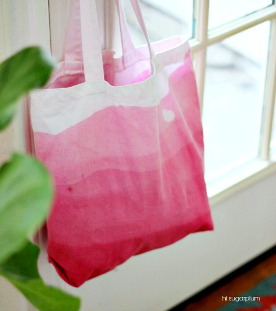 Hi Sugarplum | DIY Dip-Dyed Ombre Bag