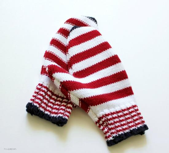Hi Sugarplum | DIY Mittens from old Sweaters