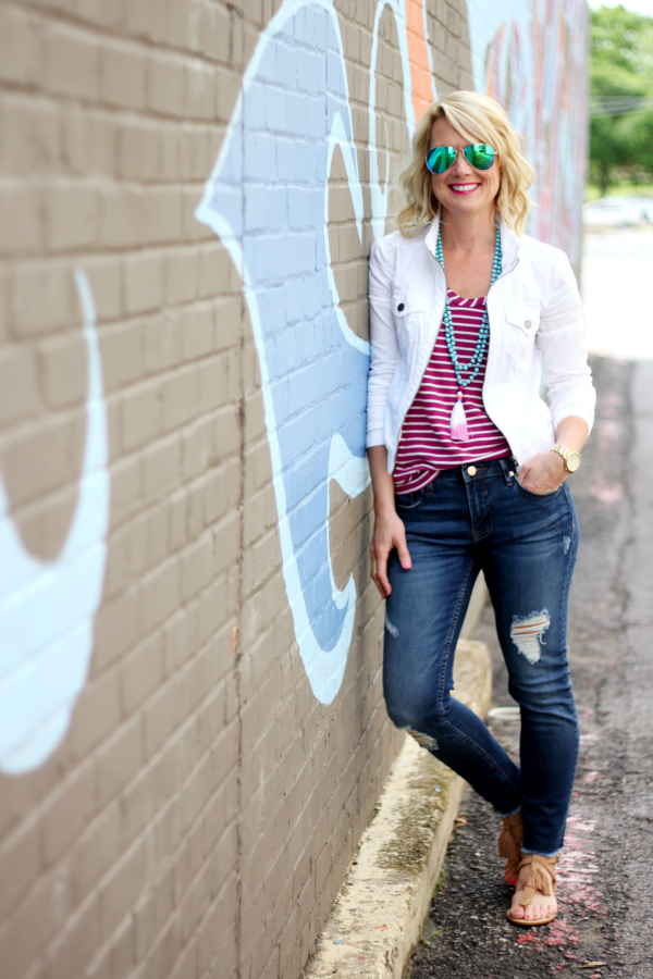 Hi Sugarplum | Five Ways to Wear a White Jacket