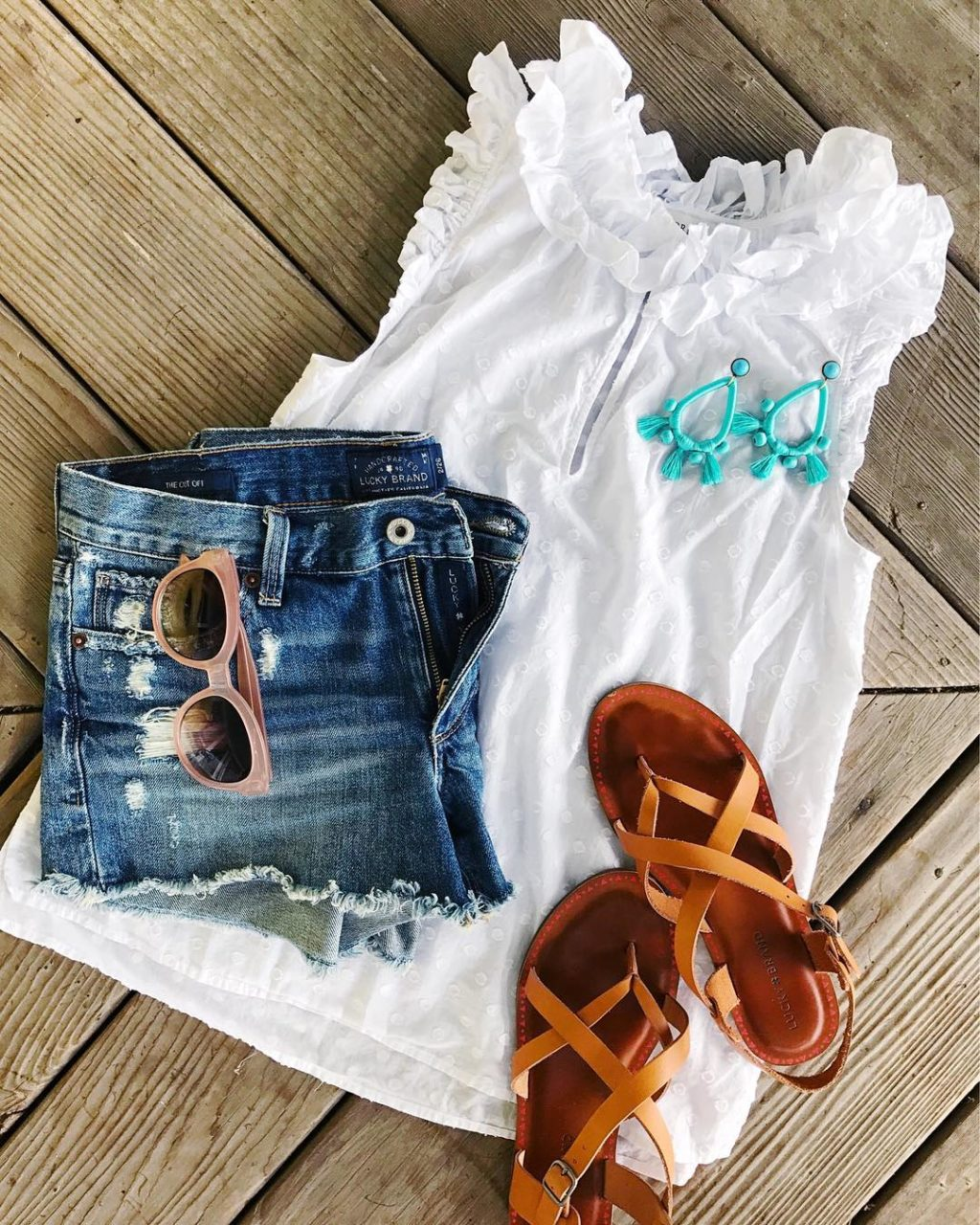 jcrew ruffle top outfit