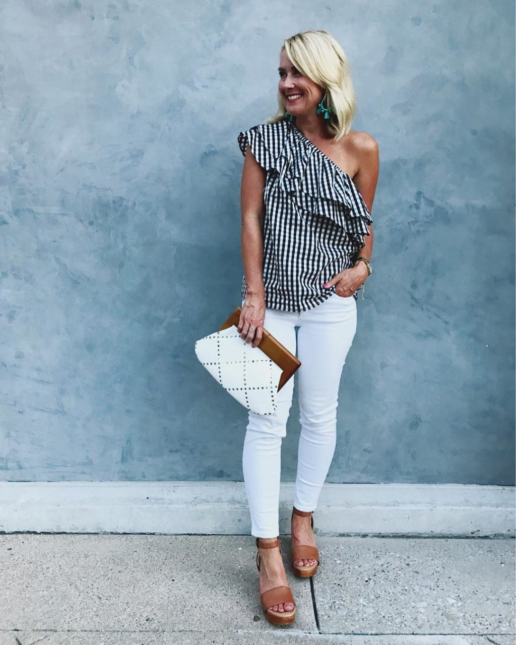 one shoulder ruffe top summer date night outfit