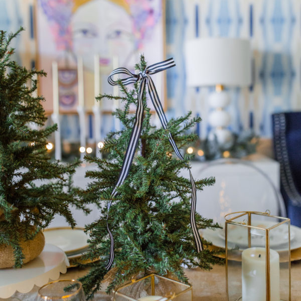 hi sugarplum christmas dining room-110